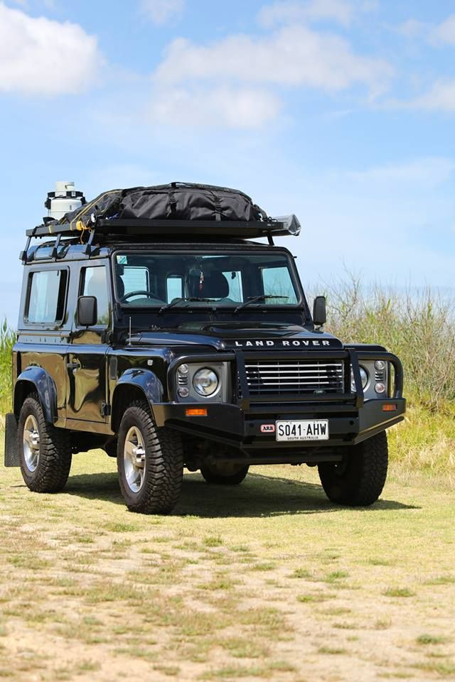 great looking aussie 90 with a front runner roof rack. Black Bedroom Furniture Sets. Home Design Ideas