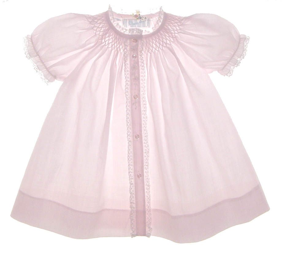 NEW Feltman Brothers Pale Pink Smocked Daygown with Lace and White Embroidery $50.00