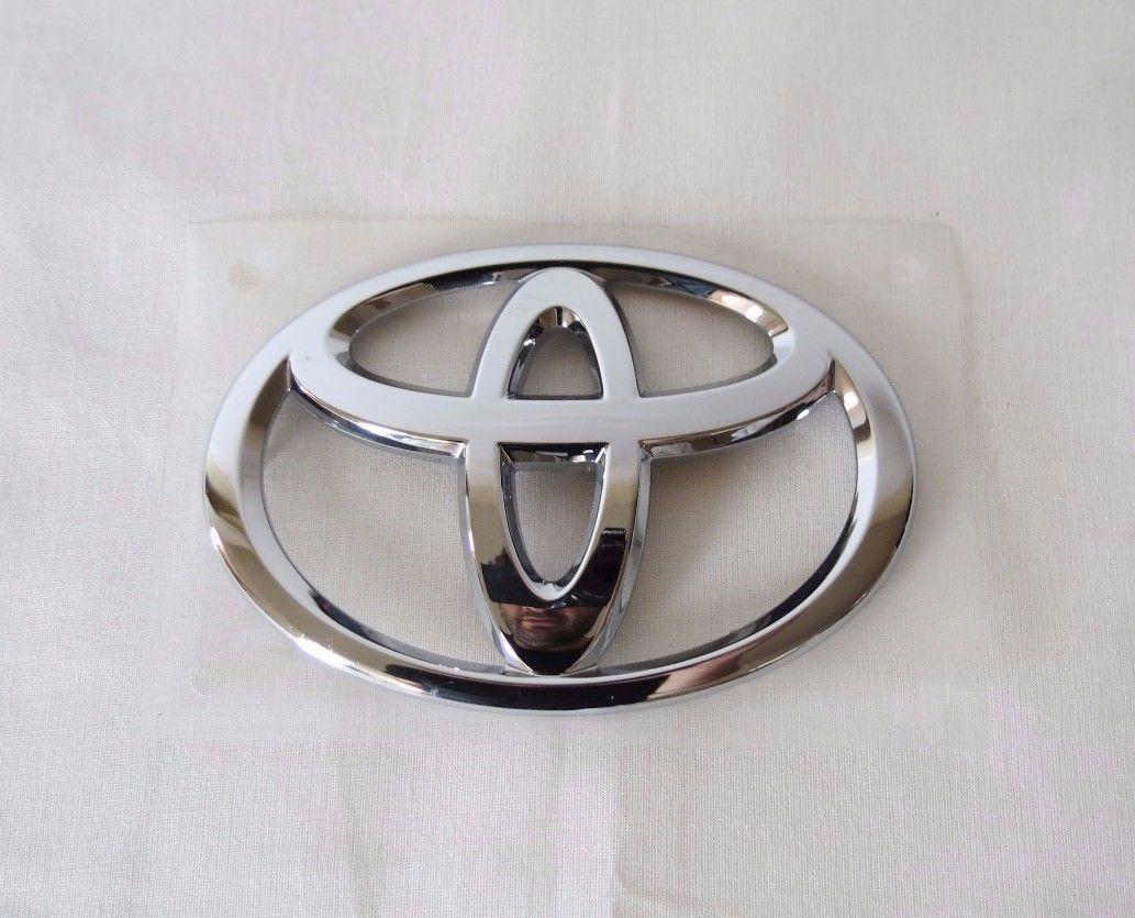 Nice Amazing Toyota Corolla Grille Emblem 14 17 New Oem Grill Chrome