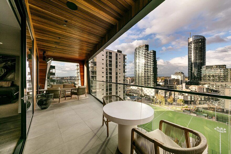 Claremont Street Penthouse By Finnis Architects Architect Penthouse High Rise Apartments