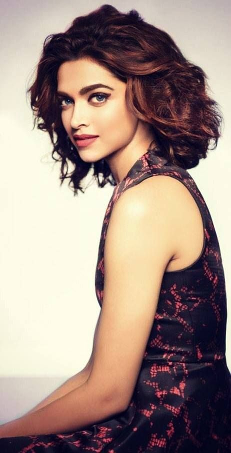 Deepika Padukone Beauty Short Hair Styles Hairstyle