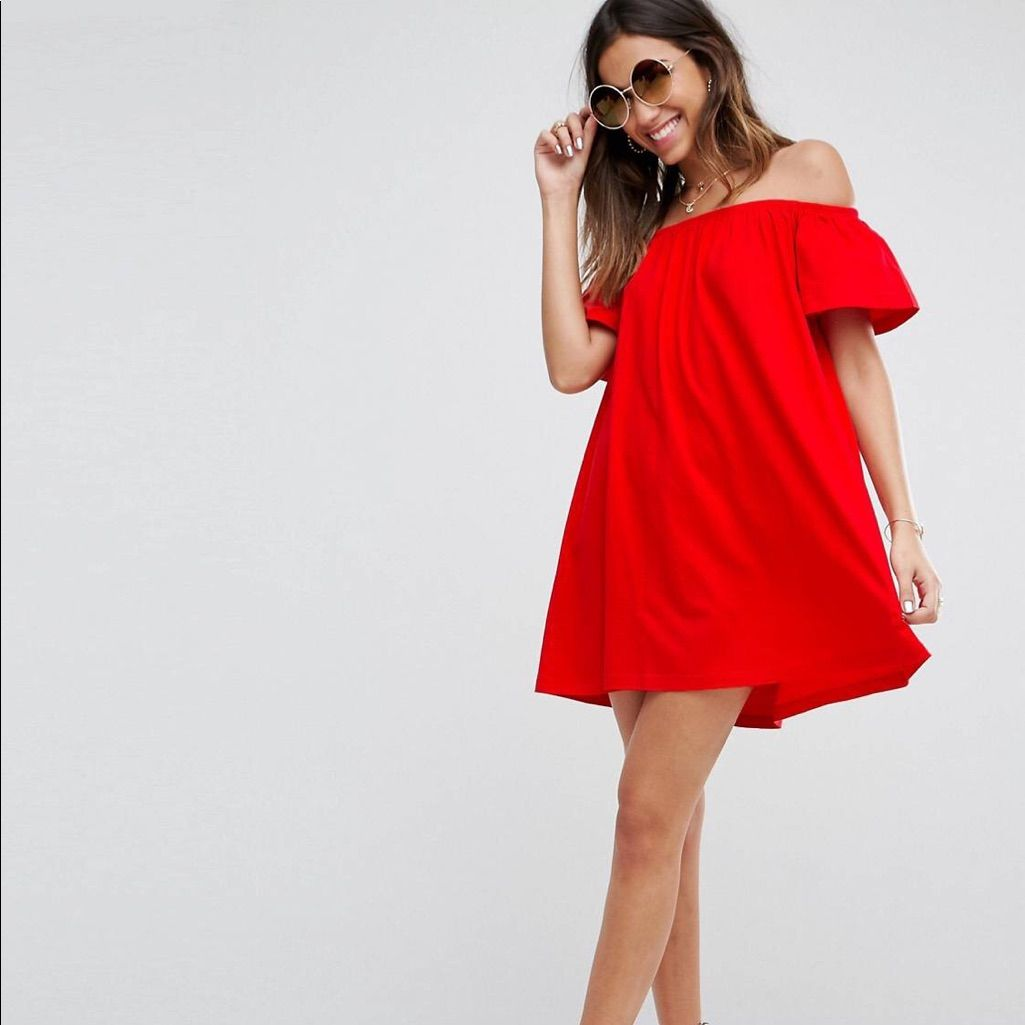 Off the shoulder red dress products