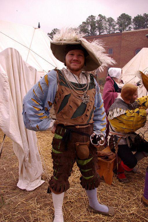 Landsknecht of Das TeufelsAlpdrücken Fähnlein (Devil's Nightmare Regiment) at Jamestown settlement, 2007.