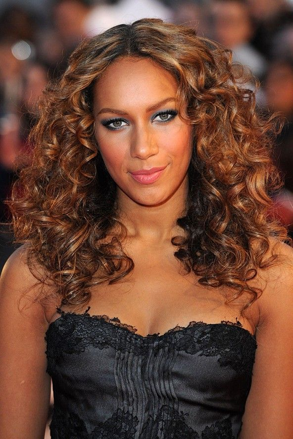 A List Celebrity Curls To Inspire Keratin Curls Curly Hair