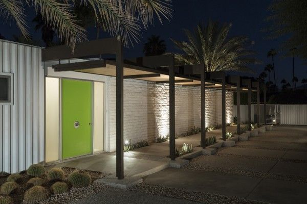 A mid century desert oasis in palm springs mcm outside pinterest palm springs mid century and oasis