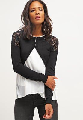 bestil Vero Moda NEW VMLOGAN - Strikjakke /Cardigans - black til kr 249,00 (13-06-16). Køb hos Zalando og få gratis levering.