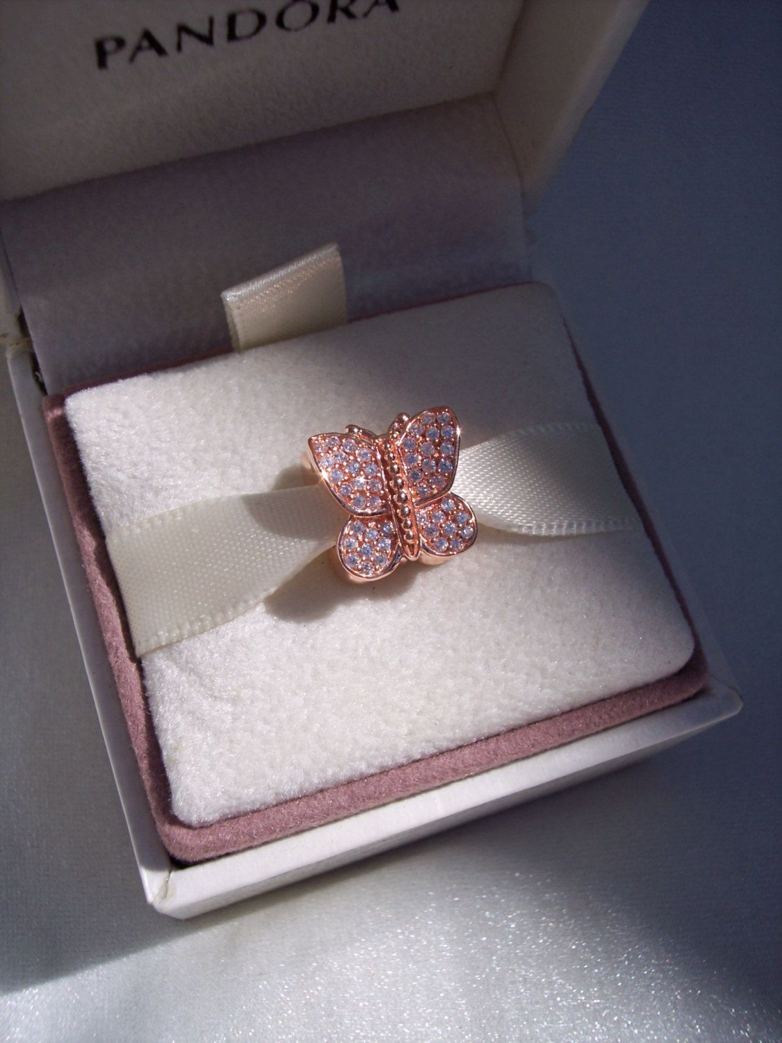 Pandora sparkling butterfly rose high fashion rose gold collection