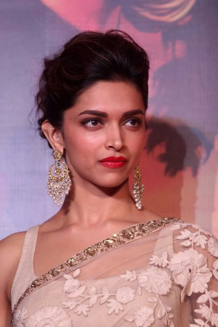 Beauty Queen Deepika Padukone