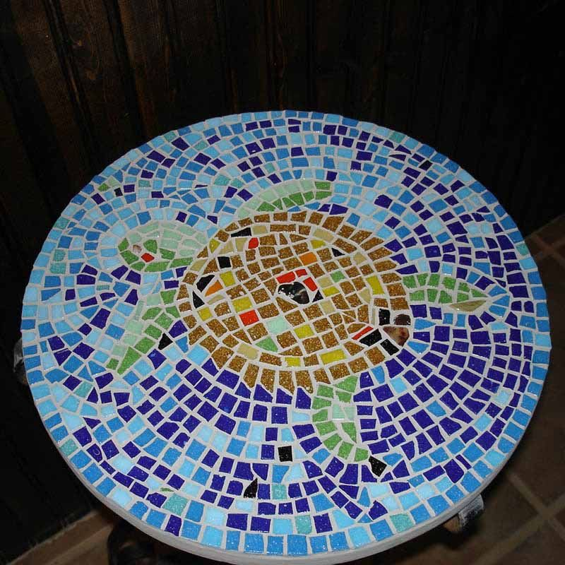 Mosaic art mosaic table top mosaicos pinterest for Mosaicos para espejos