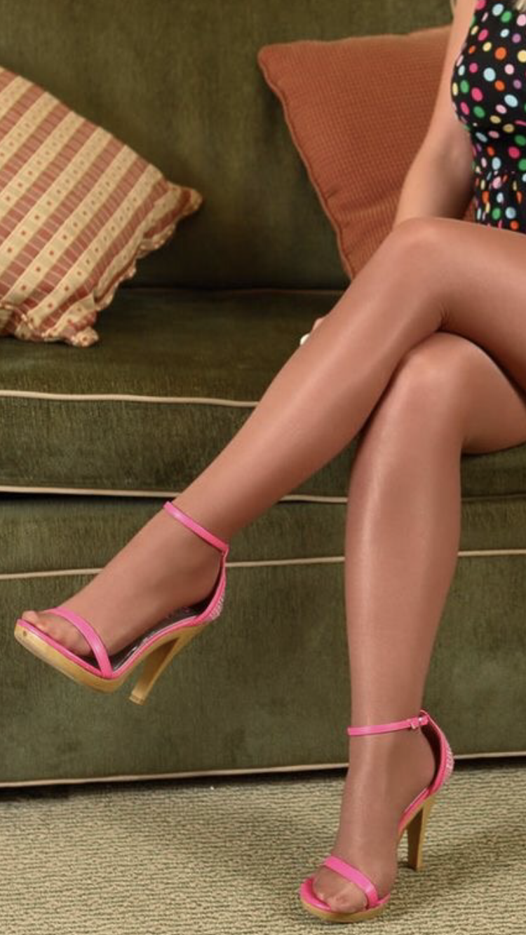 Pin on Long Sexy Legs and Shapely Feet