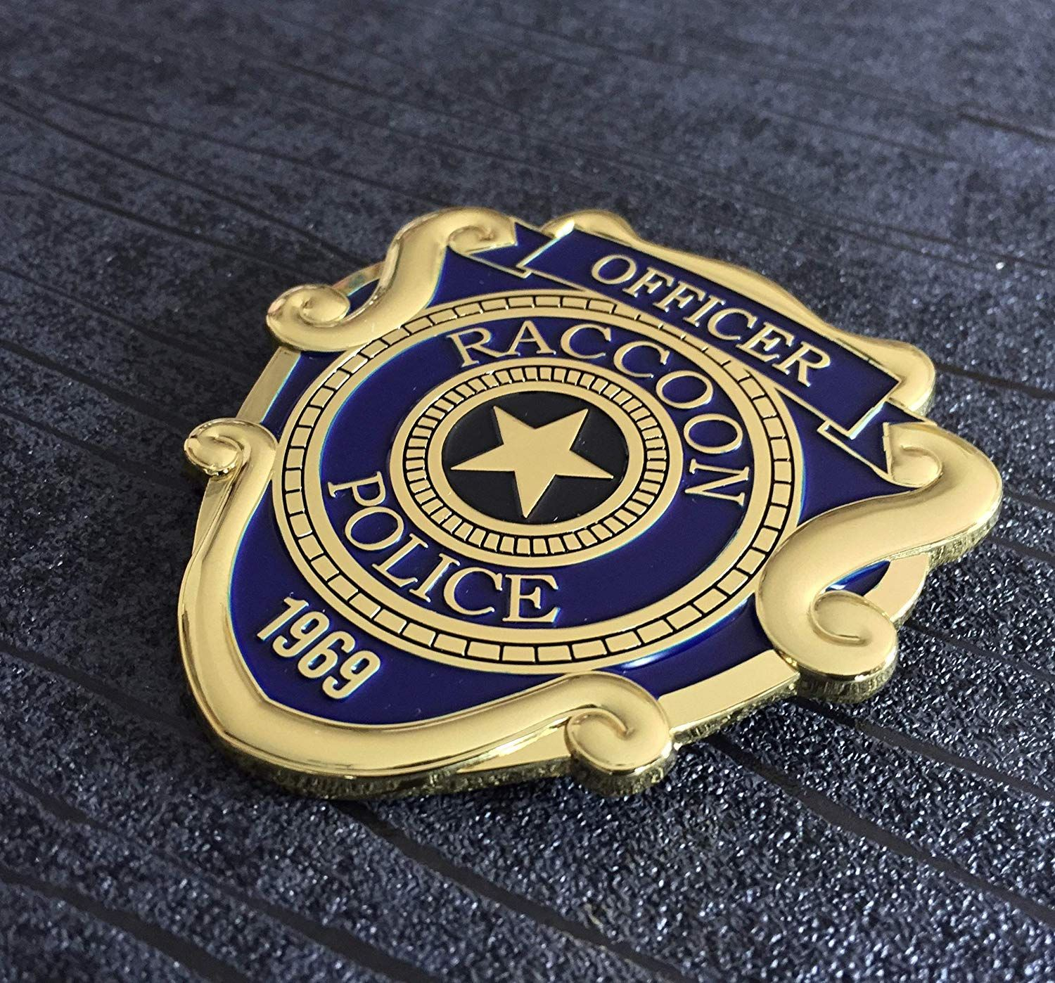 Super6props Resident Evil 2 Remake Raccoon City Police Officer Inspired Metal Prop Costume Cosplay Badge W Metal Props Resident Evil Resident Evil Raccoon City