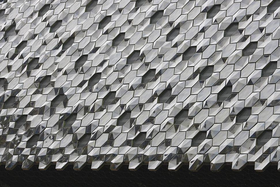 Herzog & de Meuron architects, Museum der Kulturen Basel / by bcmng // #pattern #facade #architecture #design #repetition #tone #grey