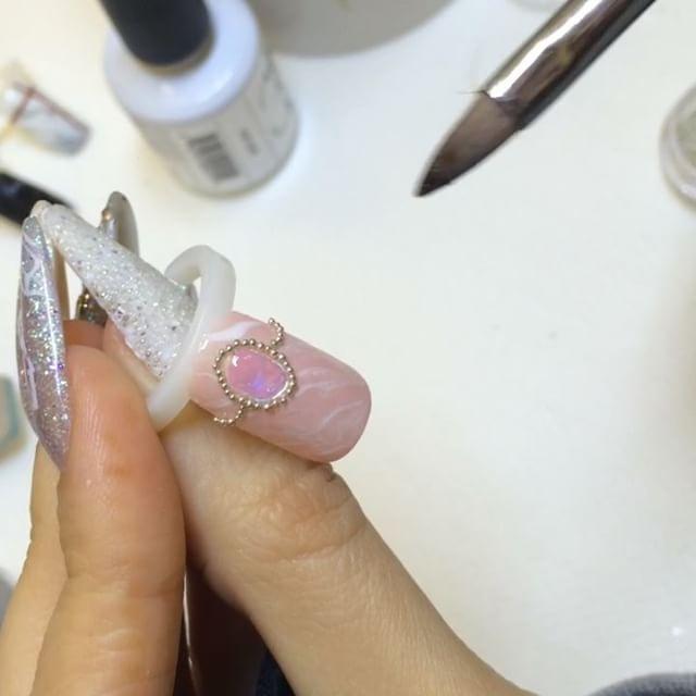 Check out this great video tutorial on creating beautiful nail art using NSI Polish Pro Gel Polish!
