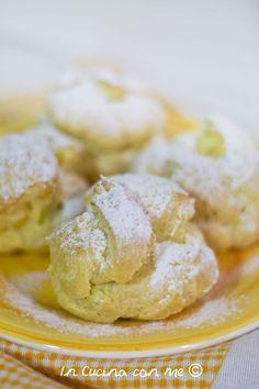 Bignè con la crema bignè all'olio di oliva