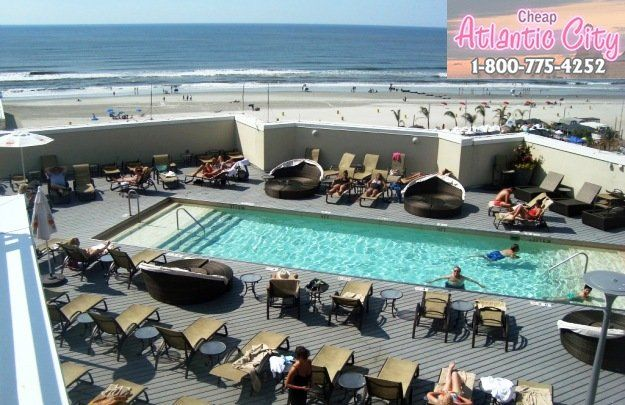 Top Rated Casinos And Hotels With Pools In Atlantic City Nj Hotel Pool Atlantic City Atlantic City Hotels