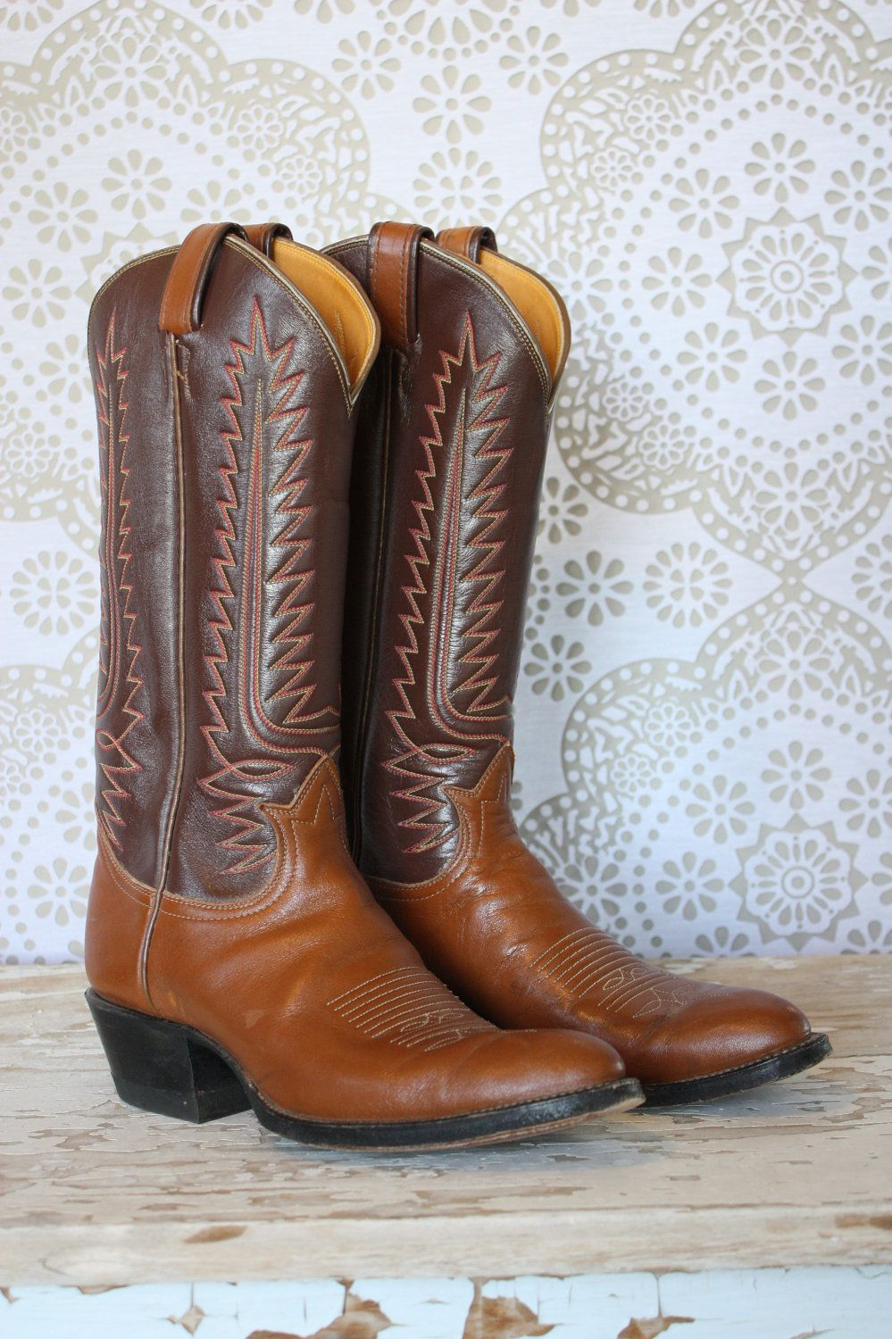 WANT!!  Women's 1970's Tony Lama  Leather Western Cowboy Boots 7A. $44.50, via Etsy.