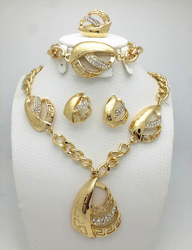 e975d5102 Top Exquisite Dubai Jewelry Set Luxury 18K Gold Plated Big Nigerian Wedding  African Beads Jewelry Set