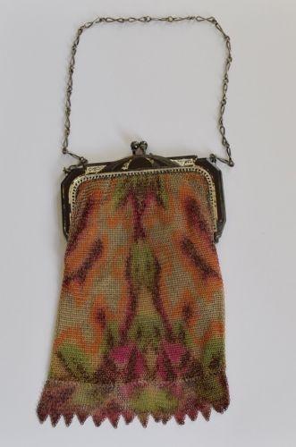 Vintage-Whiting-Davis-Mesh-Purse-Bag-with-Original-Liner