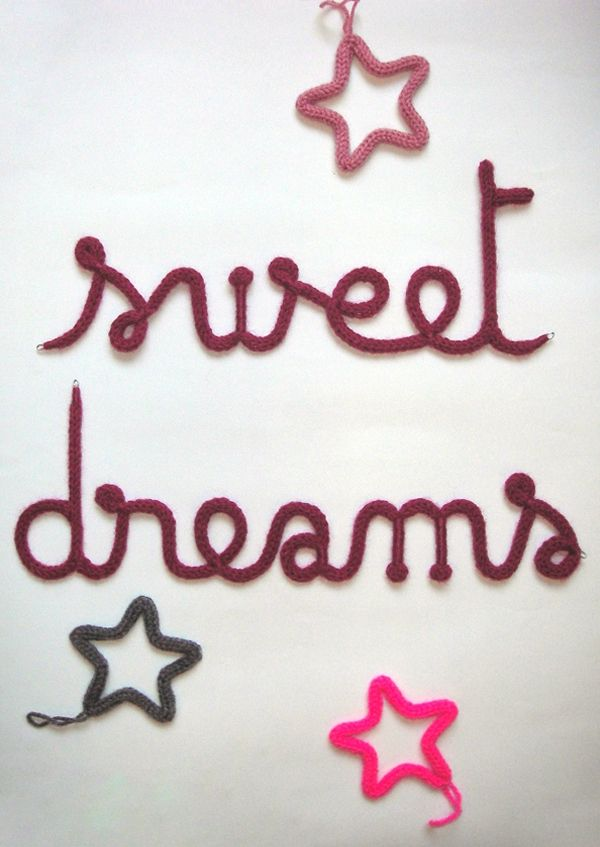 sweet dreams tricotin diy tricotin prenom tricotin. Black Bedroom Furniture Sets. Home Design Ideas