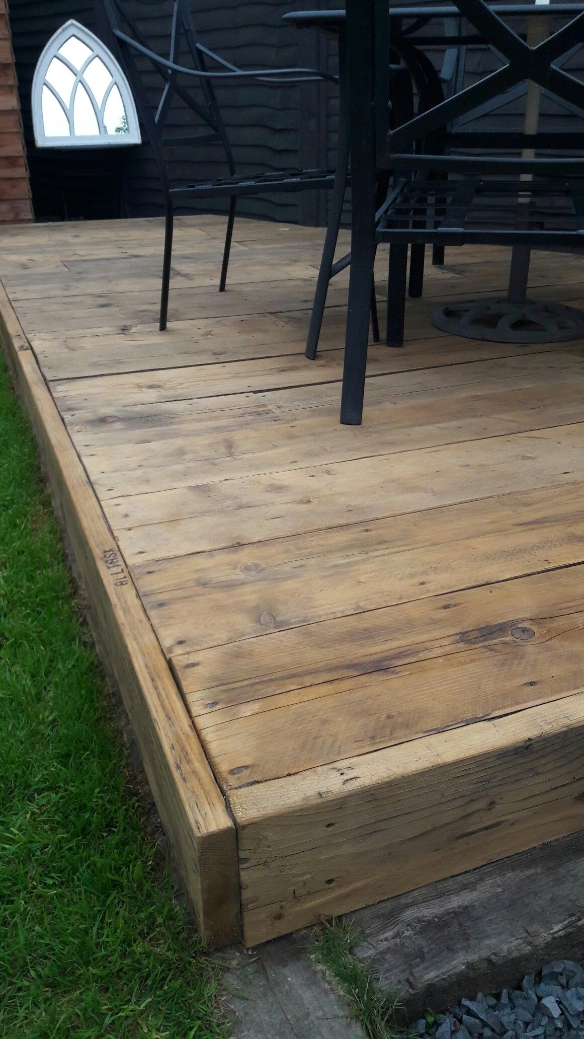 Scaffold board garden decking | my pints | Pallet garden furniture