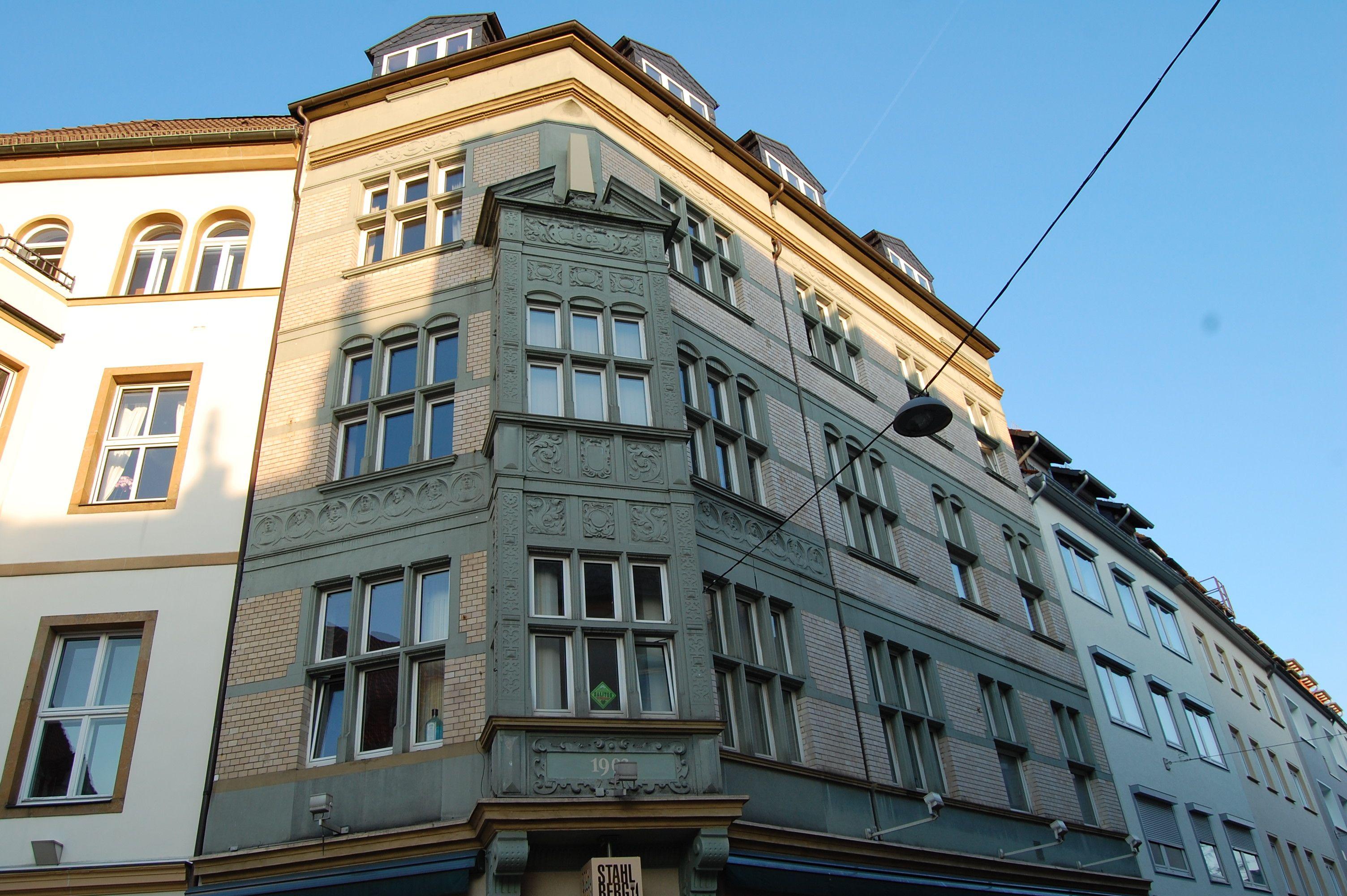 Stadt Bielefeld - interessantes Gebäude mit seinen Details