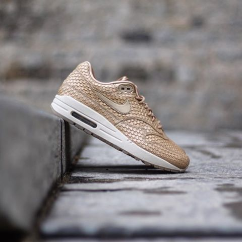 Nike Air Max 1 Premium « Gold Fishes White » 454746 900 Size