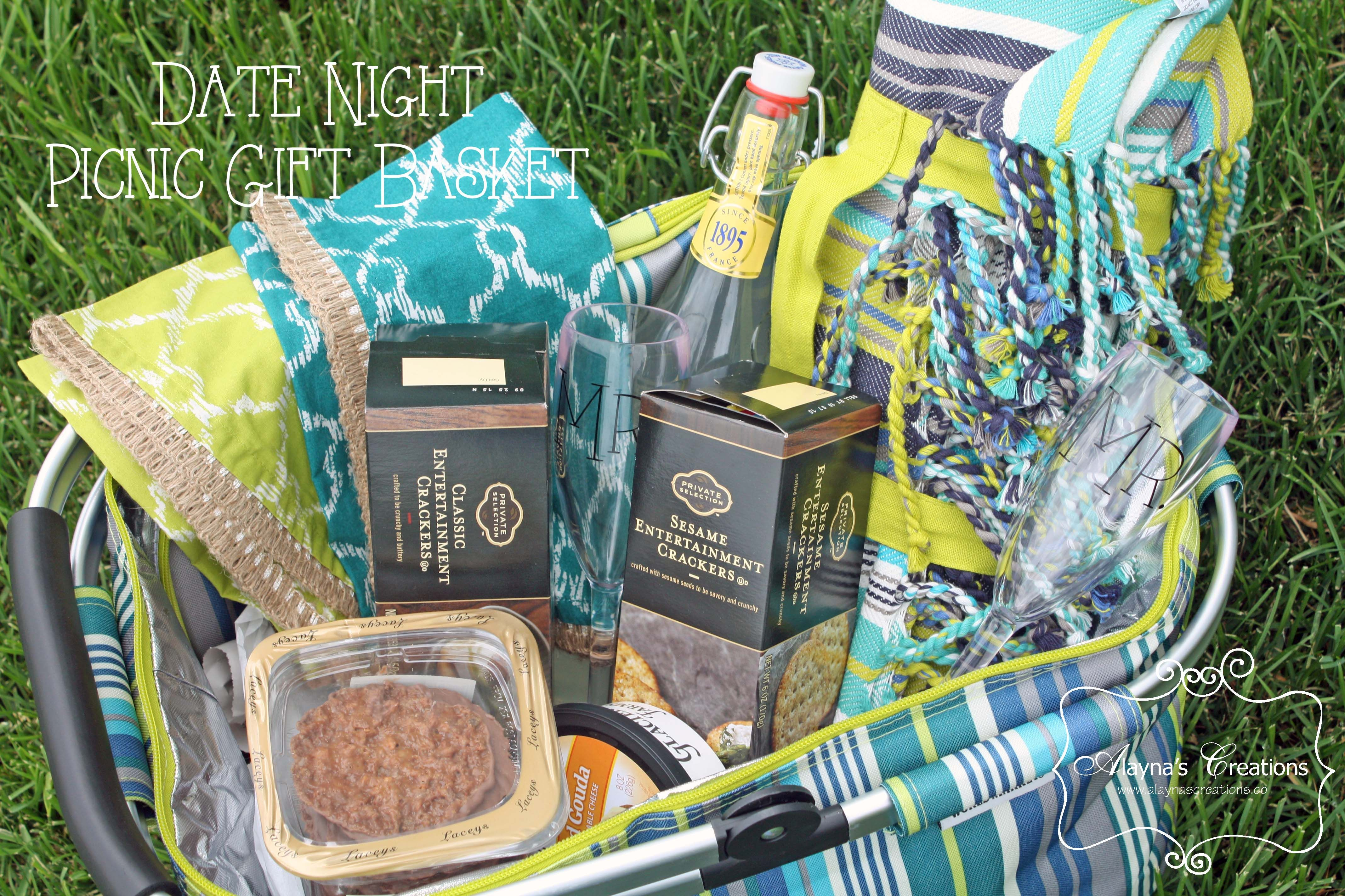 Date Night Picnic Basket Gift Diy Home Decor And Crafts Picnic Gifts Night Picnic Picnic Gift Basket