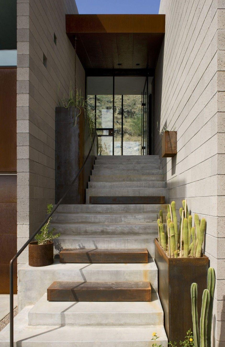 Modern Dream Homes: The Mummy Mountain Residence by Chen + Suchart Studio
