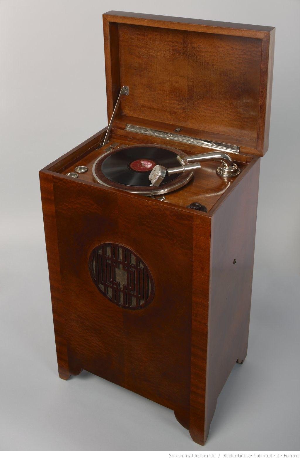 Phonographe A Disque Thomson Modele 1933 Des Archives De La