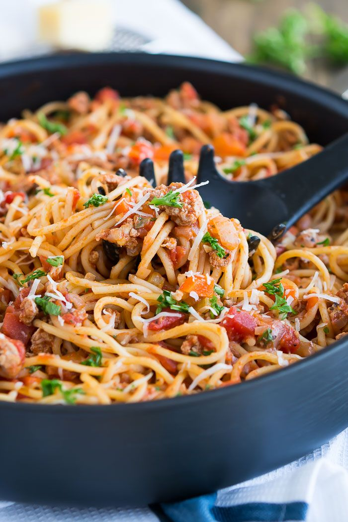 Turkey Bolognese- Spaghetti tossed in a flavorful ground turkey bolognese sauce
