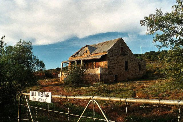 Abandoned Karoo farmhouse | ABANDONED PLACES, RUINS AND