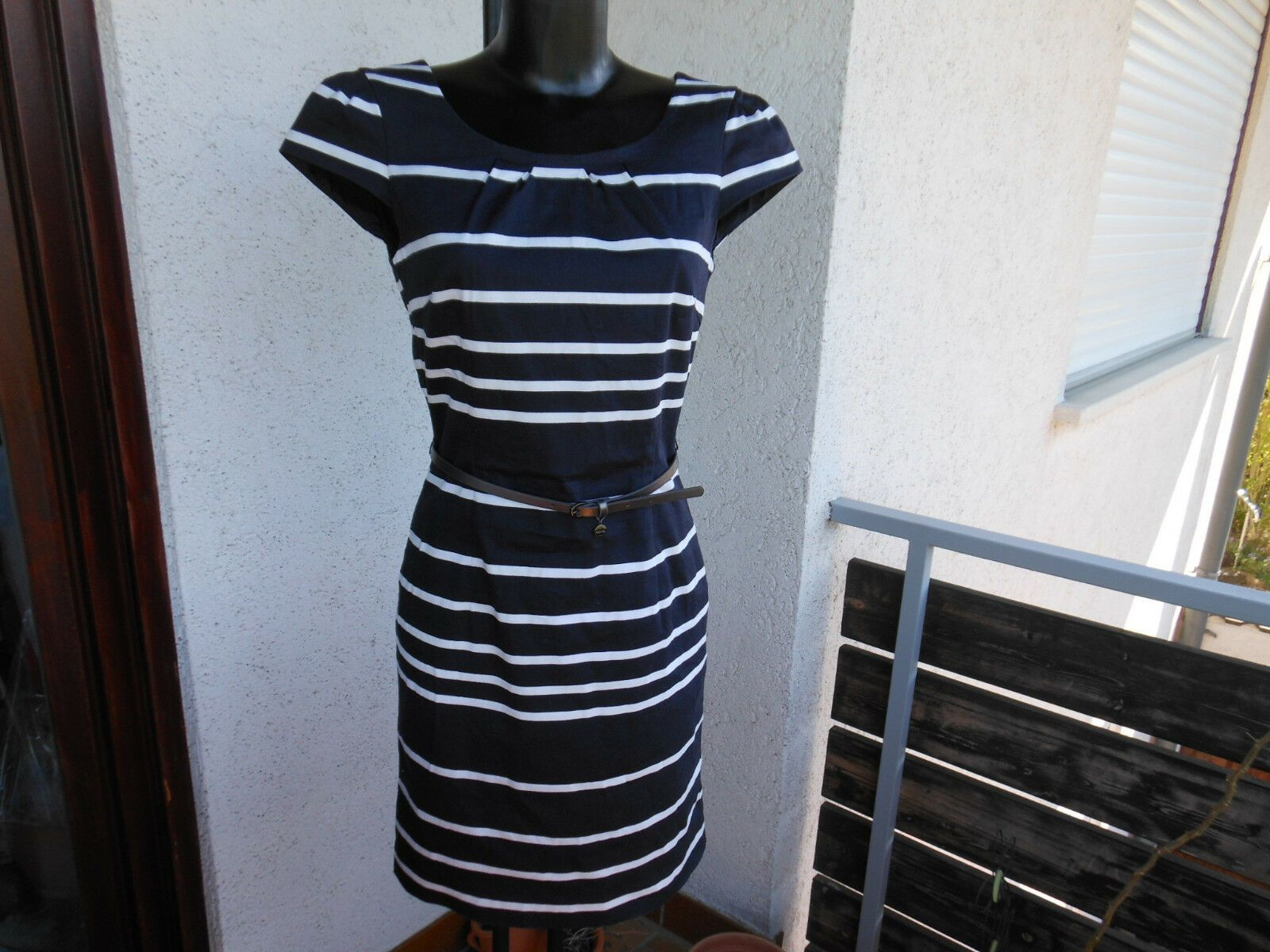 Comma Damen Kleid Gr. 16 S navy Tinte blau weiss gestreift