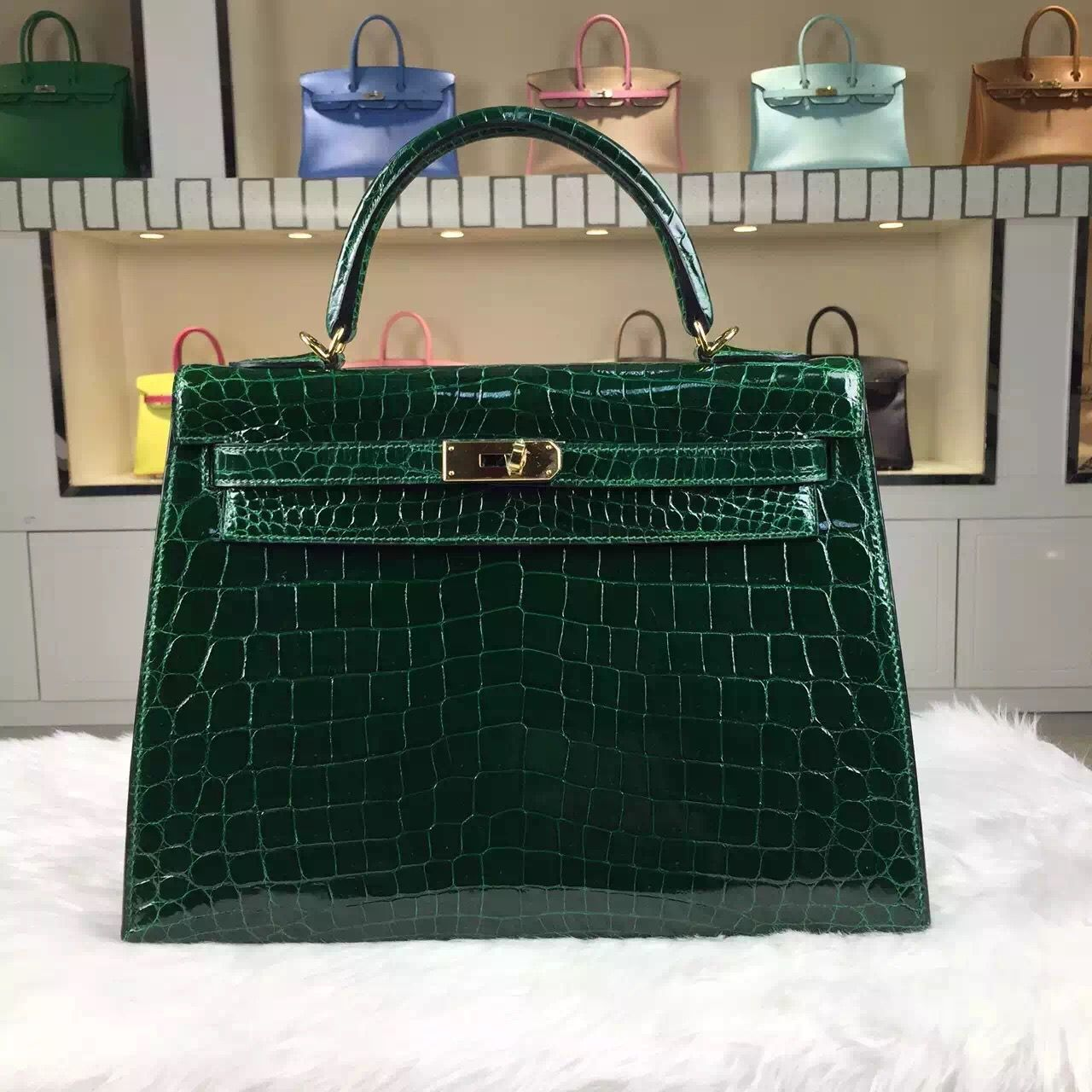 7ab42ae541 Brand  Hermes  Style  Kelly Bag32CM   Material  HCP Shiny Crocodile Leather Color CK67  Vert fonce  Hardware  gold silver  Accessories  Padlock and keys