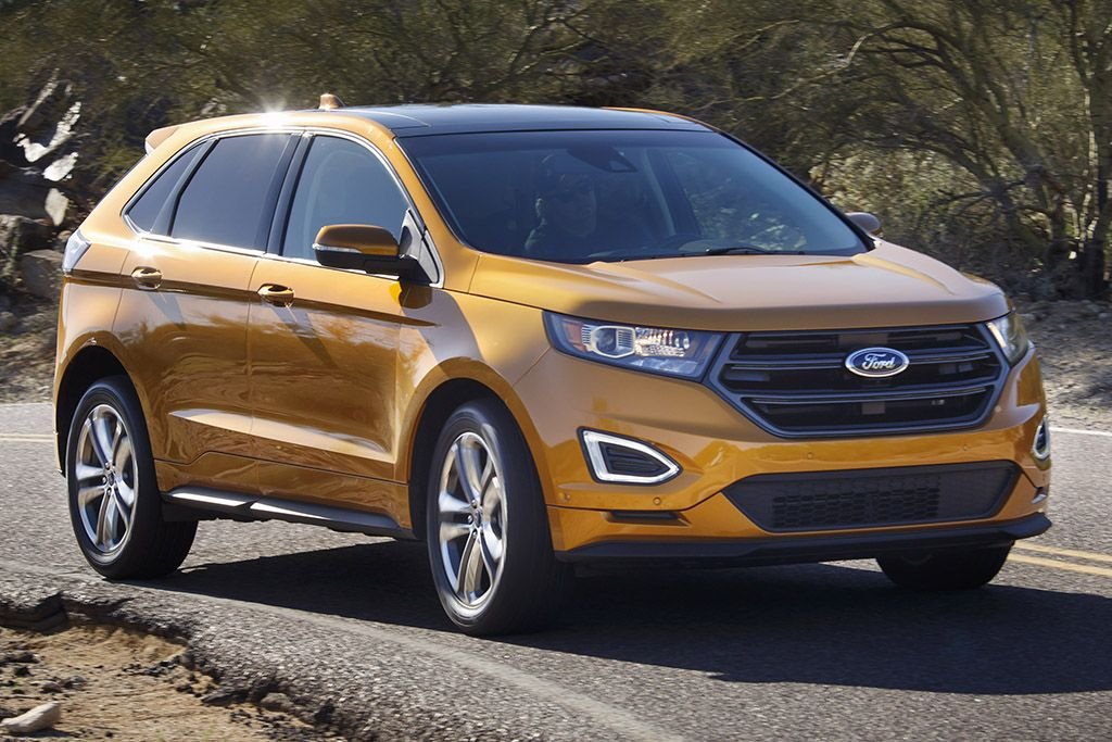 Ford Edge Vs  Ford Escape Whats The Difference Autotrader