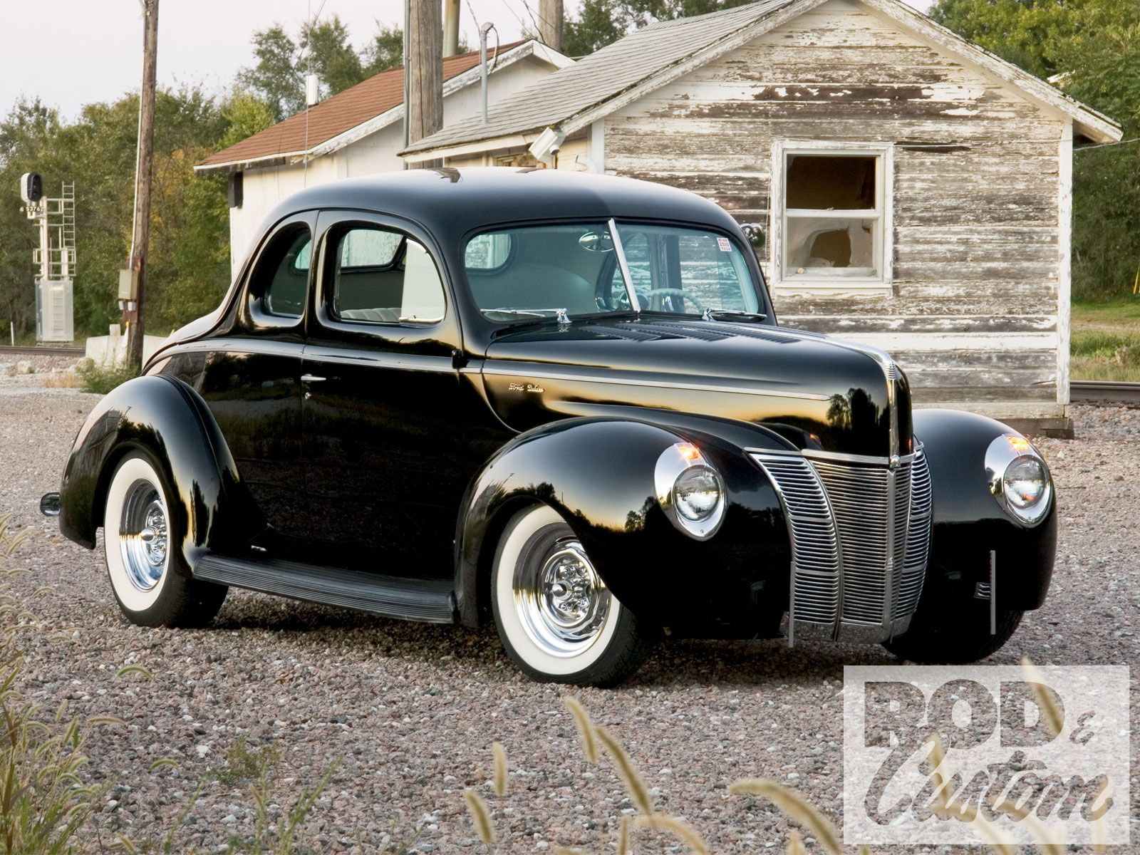 Pin By Maritza Herrera On Cars 1940 Ford Coupe 1940 Ford Classic Cars Trucks