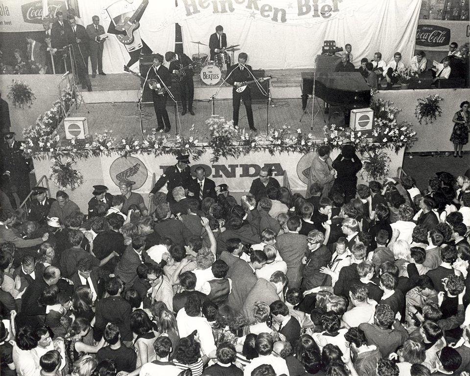 the beatles 50 jaar Het is dit jaar 50 jaar geleden dat The Beatles een optreden gaven  the beatles 50 jaar