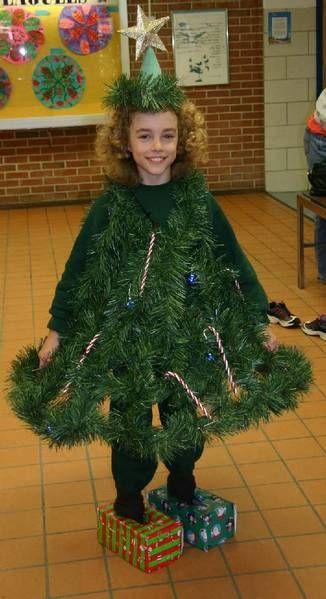 Pine Tree Costume Http Images Suite101 Com 1247306 Com Treecostum Jpg Tree Costume Christmas Tree Costume Christmas Tree Outfit