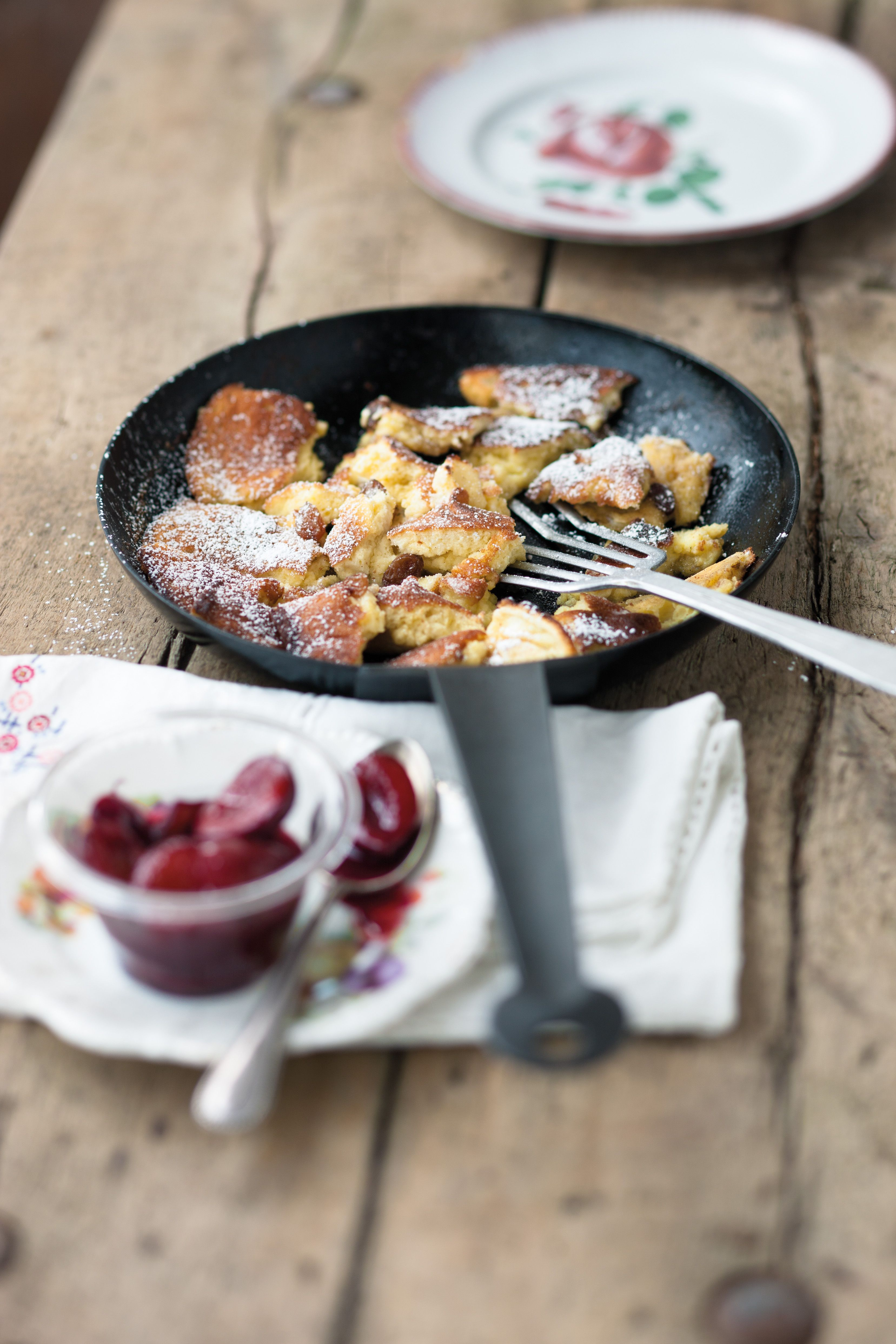 Kaiserschmarrn recipe austrian food you have to taste kaiserschmarrn recipe austrian food you have to taste pinterest austria pancakes and kaiserschmarrn forumfinder Image collections