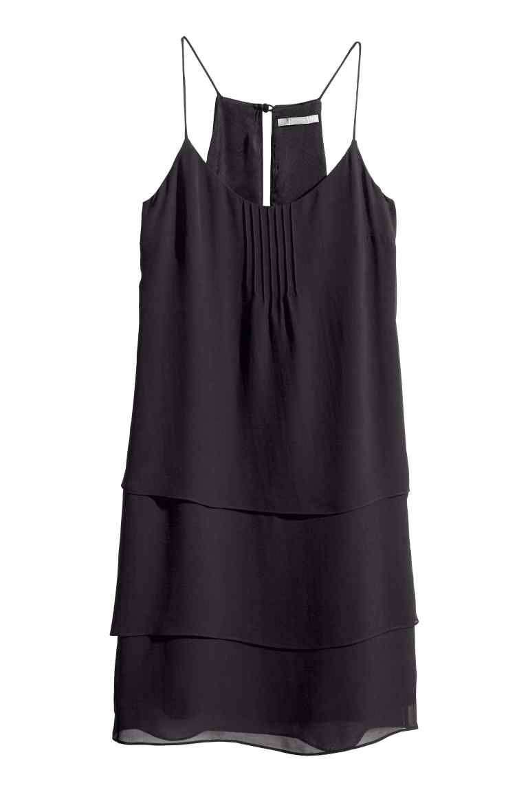 Robe en mousseline   H&M - avec des accessoires colorés et/ou la pochette :)