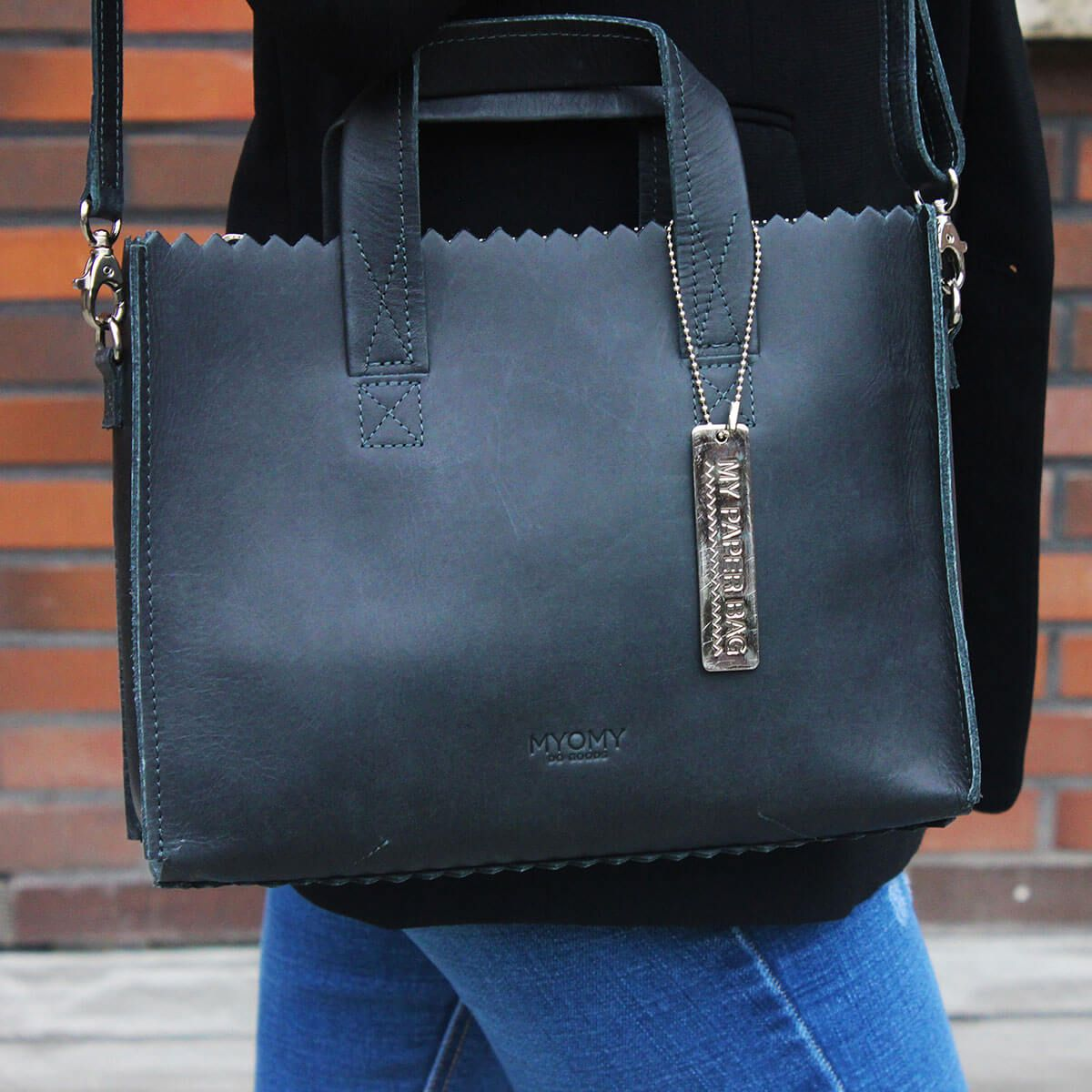 7d8ecc23c5e Schoudertas | Shoulderbag | Leren tas | Leer | Leather bag | Leather |  MYOMY