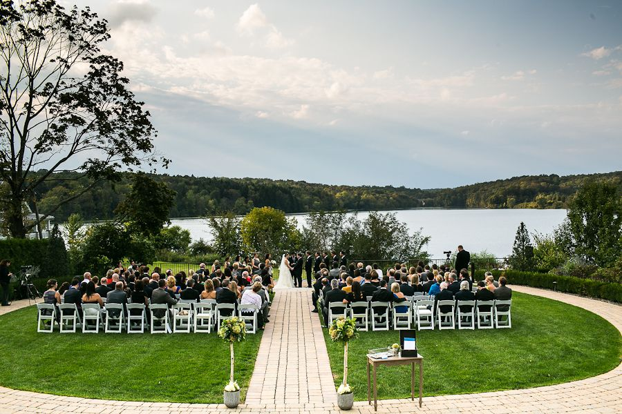 Every Wedding I Shoot Has A Distinct Personality When Arrived At The Lakehouse Inn In Perkasie To Erin And Lee S Was Immediately Struck