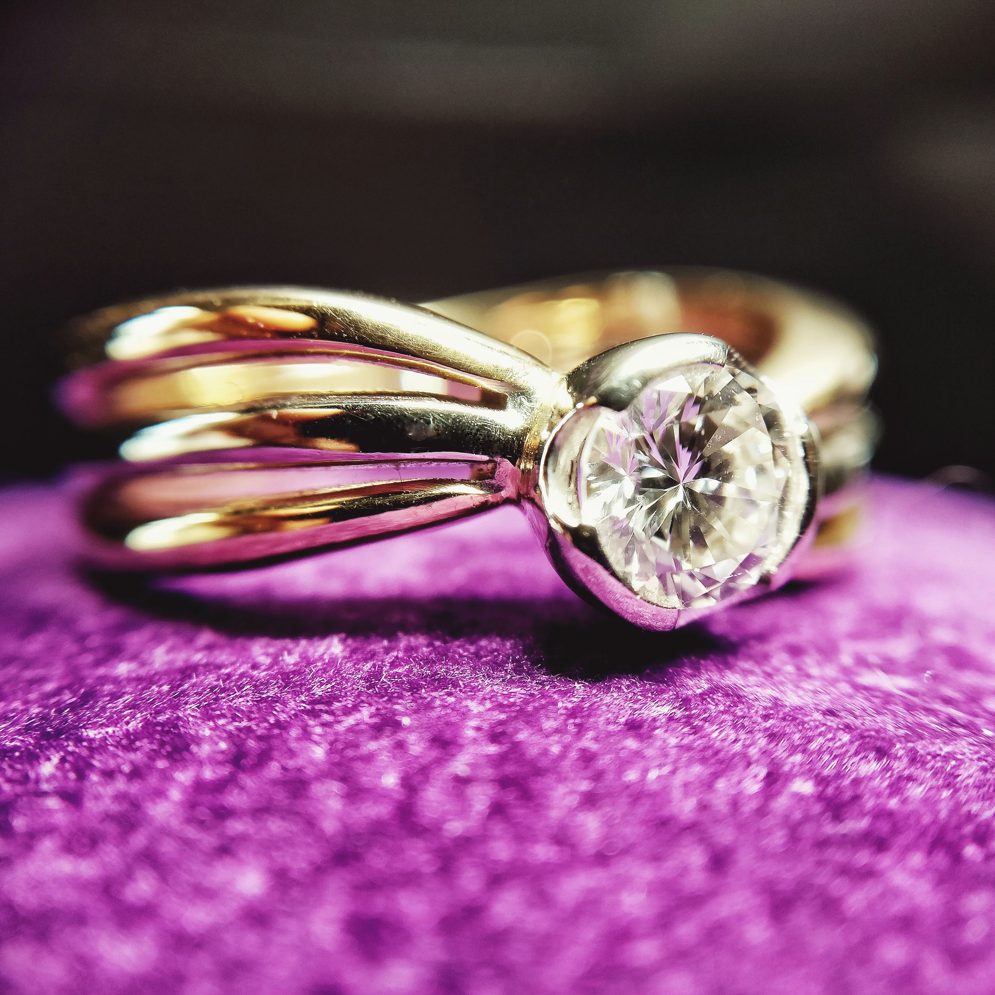 18k White, Yellow and Pink Gold Engagement Ring with a Central ...