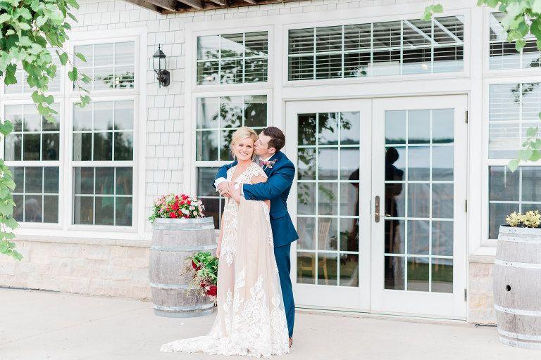 Olde 41 Green Bay Wi Wedding Photographers Larissa Marie Photography Wedding Photographers Wedding Photography