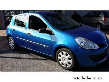 Price And Specification Of Renault Clio 1 4 Expression 5 Door For Sale Http Ift Tt 2ymxwze Renault Clio Clio Renault