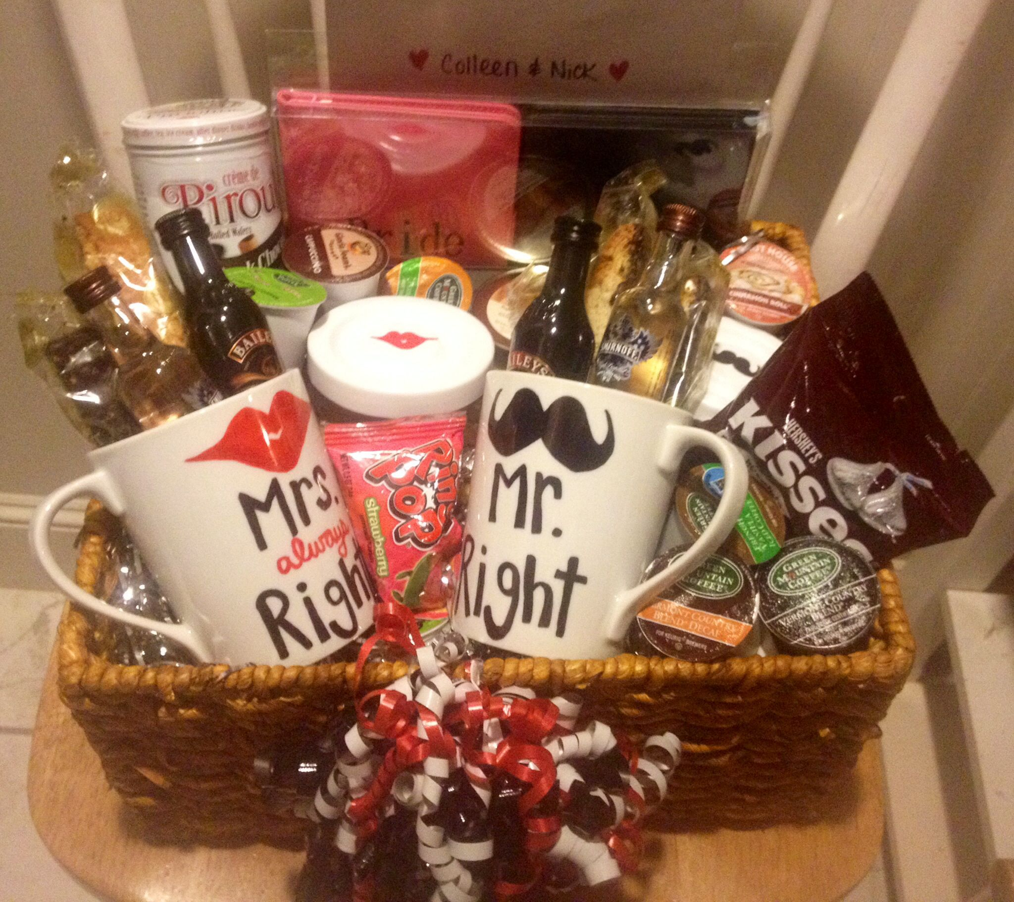 Coffee themed engagement basket diy pinterest for Great wedding shower gifts