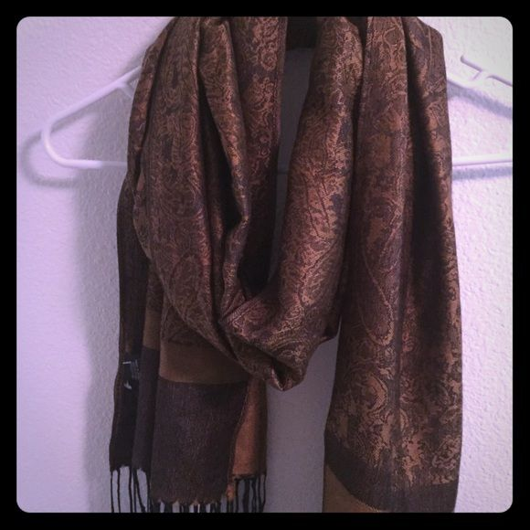 Beautiful brown gold scarf Brand new never been worn Accessories Scarves & Wraps
