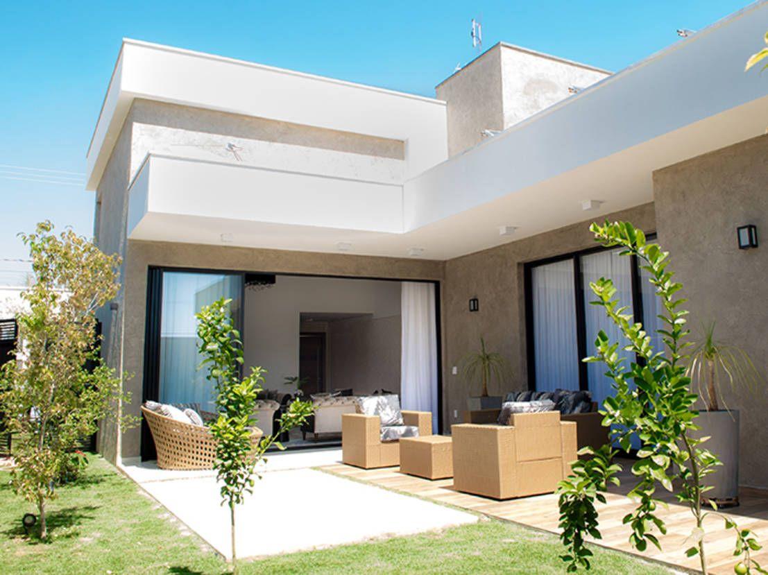 Uma casa moderna e plena de eleg ncia arquitetura for Interiores de casas modernas