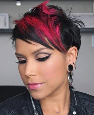 Frisuren schwarz pink