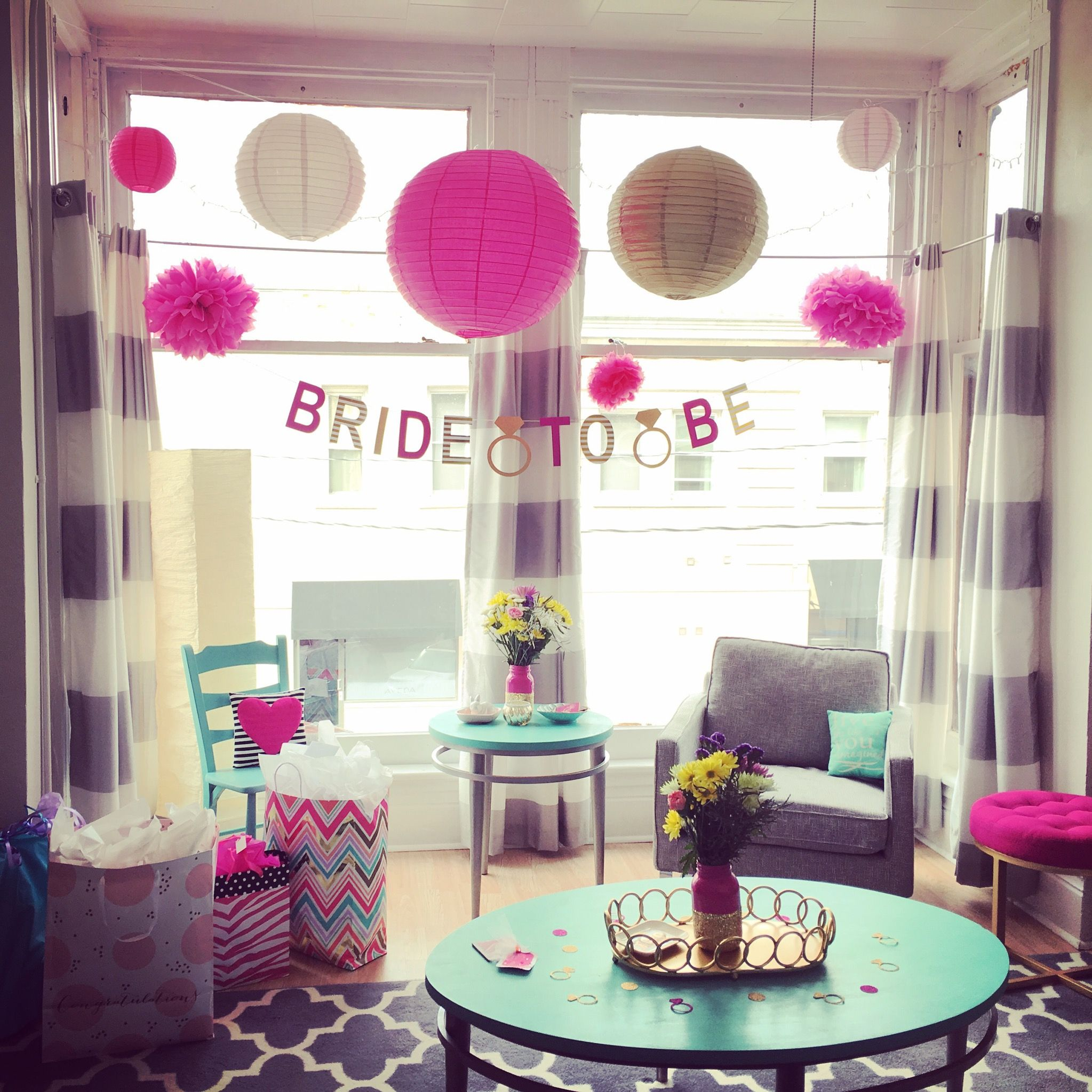 Bridal shower bachelorette party decorations at home for Hotel decor for home
