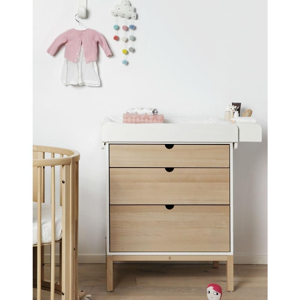 Changing table stokke and the company changing company Table langer stokke